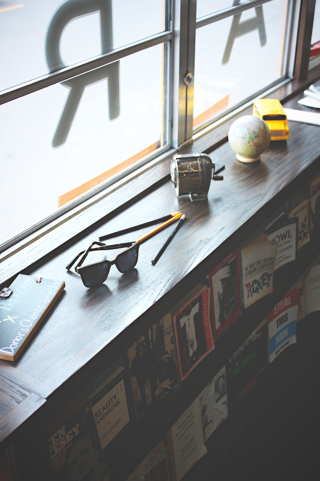 chelsea_lane_zipped_blog_minneapolis_fashion_blogger_warby_parker_class_trip_minneapolis4.jpg