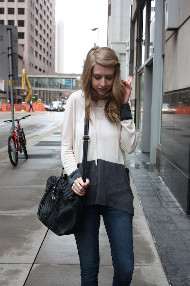 chelsea+lane+truelane+zipped+blog+minneapolis+fashion+style+blogger+lee+and+birch+justfab+quilted+denim+globetrotter+bag+seychelles+scroundel5.jpg