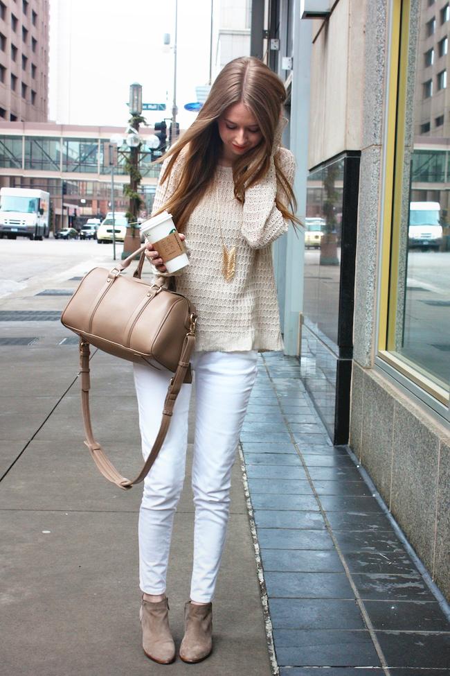 minneapolis_fashion_blog_blogger_zipped_delias_openknit_sweater_levis_535_denim_legging_jeans_sam_edelman_petty_ankle_boots_putty_center_part_hair_blonde_starbucks_francescas_handbag3.jpg