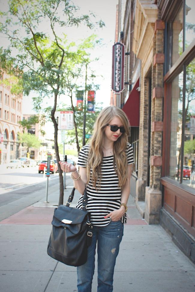 chelsea_lane_zipped_minneapolis_fashion_blogger_elle_magazine_gap_boyfriend_jeans_chinese_laundry_d'orsay_fats_vince_camuto4.jpg