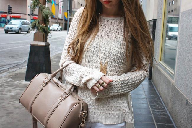 minneapolis_fashion_blog_blogger_zipped_delias_openknit_sweater_levis_535_denim_legging_jeans_sam_edelman_petty_ankle_boots_putty_center_part_hair_blonde_starbucks_francescas_handbag2.jpg