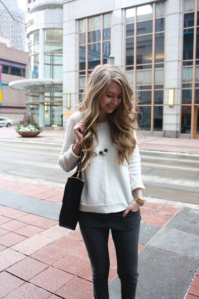 chelsea+lane+truelane+zipped+blog+minneapolis+fashion+style+blogger+madewell+sweater+parc+boutique+pants+sam+edelman+becker+sneakers+kate+spade+saturday+inside+out+pocket+tote4.jpg