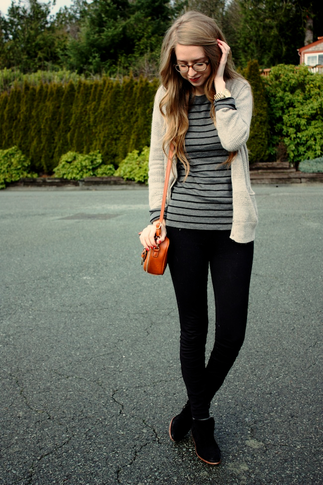 minneapolis_fashion_blogger_forever21_gap_stripe_j.crew_pixiepants_samedelman_pettyboots_francescas_warbyparker_finnframes3.jpg