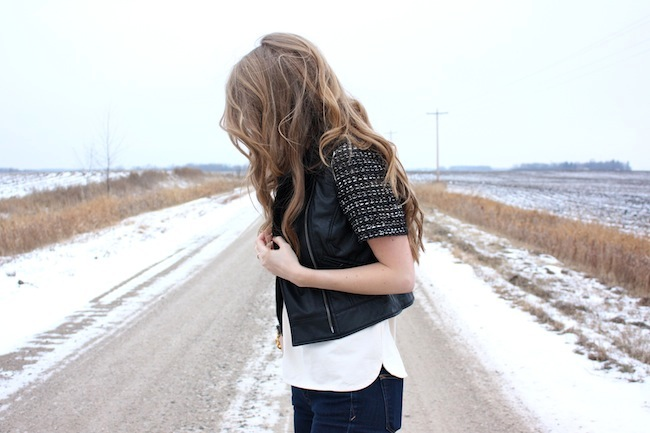 chelsea+lane+truelane+zipped+blog+minneapolis+fashion+style+blogger+lily+and+violet+cber+monday+jcrew+tweed+sleeve+tee+bb+dakota+virgo+leather+vest+sam+edelman6.JPG