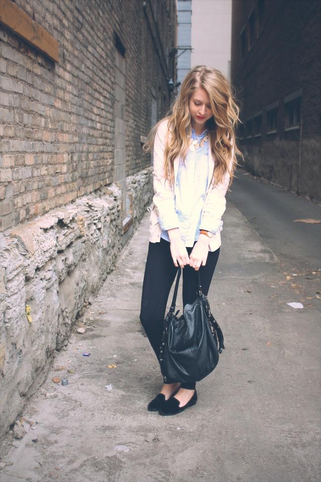 minneapolis_fashion_blogger_gap_polkadot_buttonup_pixiepants_jcrew_black_velvet_loafers2.jpg