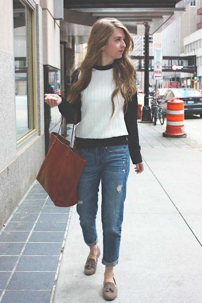 chelsea+lane+zipped+truelane+blog+minneapolis+fashion+style+blogger+zara+gap+boyfriend+jeans+dolce+vita+dv+loafers+madewell+transport2.jpg