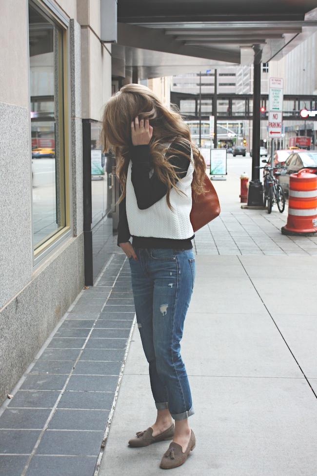 chelsea+lane+zipped+truelane+blog+minneapolis+fashion+style+blogger+zara+gap+boyfriend+jeans+dolce+vita+dv+loafers+madewell+transport5.jpg