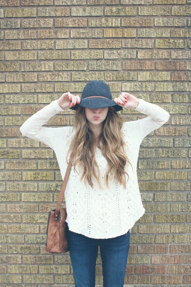 chelsea+lane+zipped+truelane+blog+minneapolis+fashion+style+blogger+free+people+cross+my+heart+sweater+floppy+hat+justfab+signature+skinny+carter+boots+patricia+nash+leather6.jpg