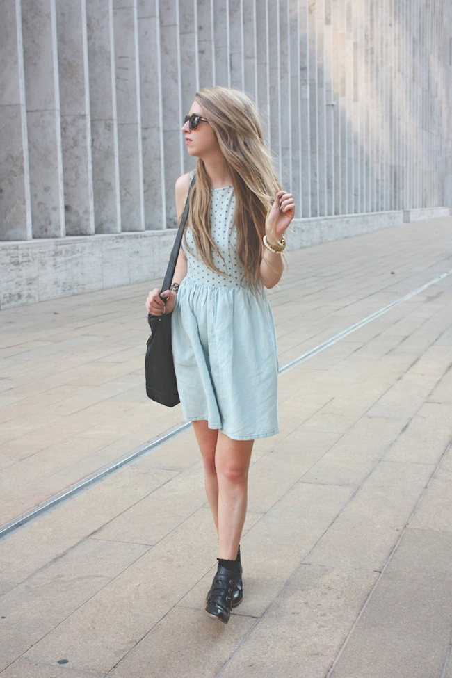 chelsea_lane_zipped_blog_minneapolis_fashion_blogger_madewell_denim_eyelet_dress_modern_vice_jett_boots_vince_camuto_handbag_warby_parker_thatcher_new_york_fashion_week_mbfw_lincoln_center4.jpg