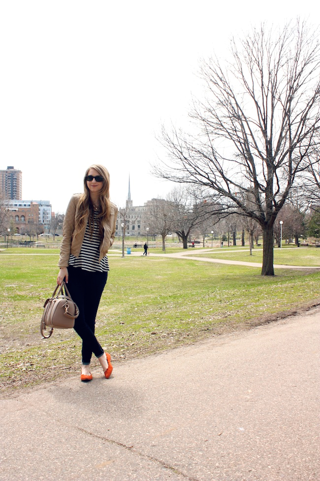 chelsea_lane_zipped_minneapolis_fashion_blog_forever_21_quilted_leather_taupe_jacket_francescas_mia_abie_scalloped_flats4.jpg