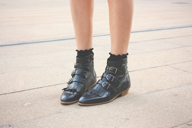 chelsea_lane_zipped_blog_minneapolis_fashion_blogger_madewell_denim_eyelet_dress_modern_vice_jett_boots_vince_camuto_handbag_warby_parker_thatcher_new_york_fashion_week_mbfw_lincoln_center6.jpg