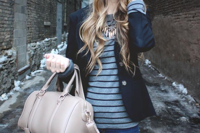 mineapolis_fashion_blog_H&M_blazer_gap_stripetee_levis_denimleggings_dolcevita_jamison_ankleboots_francescas_handbag.jpg2.jpg