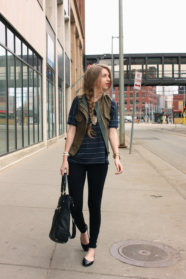chelsea_lane_minneapolis_fashion_blog_zipped_parc_boutique_jcrew_pixi_pants_cargo_vest_vince_camuto_braid_covergirl_flame_lipstick000.jpg