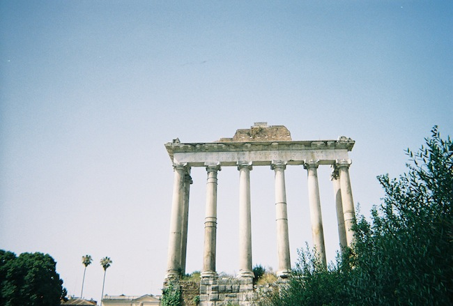 chelsea+zipped+truelane+blog+rome+italy+disposable+camera+prints10.jpg