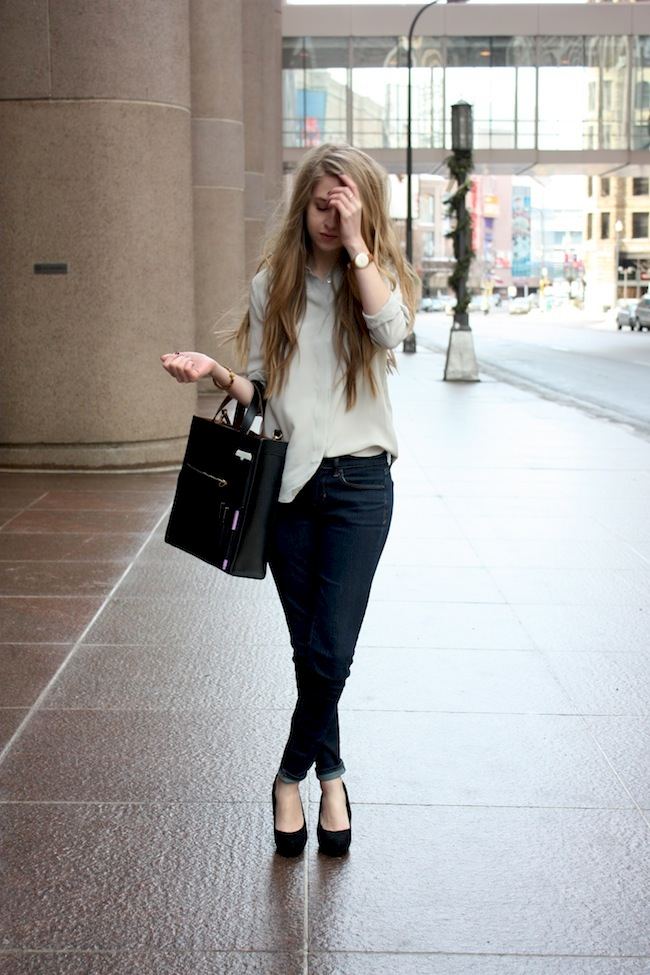 chelsea+lane+zipped+truelane+blog+minneapolis+fashion+style+blogger+everlane+kate+spade+saturday+inside+out+tote4.jpg
