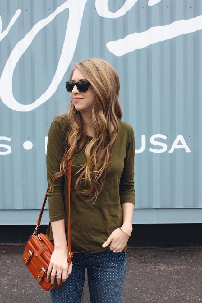 chelsea_minneapolis_fashion_blog_zipped_blogger_lauren_conrad_polka_dot_jeans_converse_low_tops_cream_ray_ban_wayfarer_new5.jpg