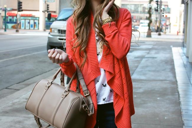 minneapolis_fashion_blog_blogger_francesca%2527s_cardigan_levis_535_legging_jeans_sam_edelman_petty_ankle_boots_putty_bird_tee2.jpg