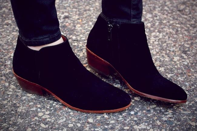 SamEdelman_Petty_ankleboots_black1.jpg