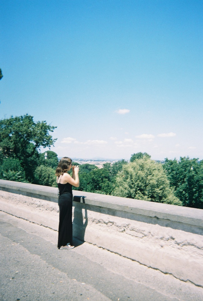 chelsea+zipped+truelane+blog+rome+italy+disposable+camera+prints18.jpg