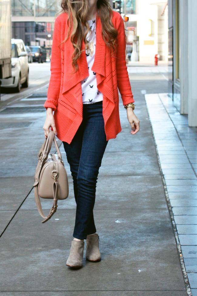 minneapolis_fashion_blog_blogger_francesca%2527s_cardigan_levis_535_legging_jeans_sam_edelman_petty_ankle_boots_putty_bird_tee.jpg