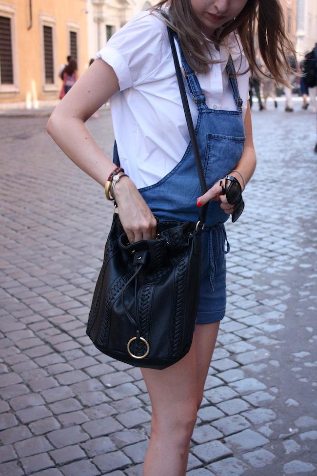 chelsea+zipped+truelane+blog+minneapolis+fashion+style+blogger+justfab+american+eagle+ae+aeo+shortalls+everlane+poplin+white+bucket+bag3.jpg