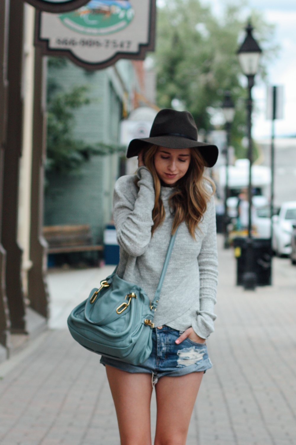 Free People sweater, Chloe bag, One Teaspoon shorts in Leadville, CO via truelane.png