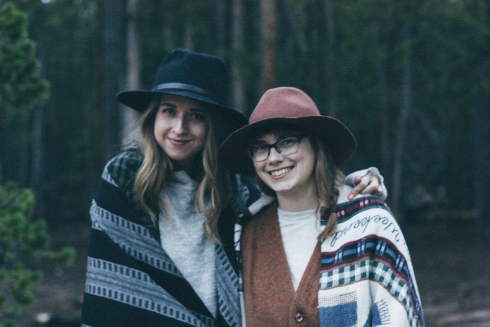 Sisters in Leadville, Colorado cabin via truelane.png