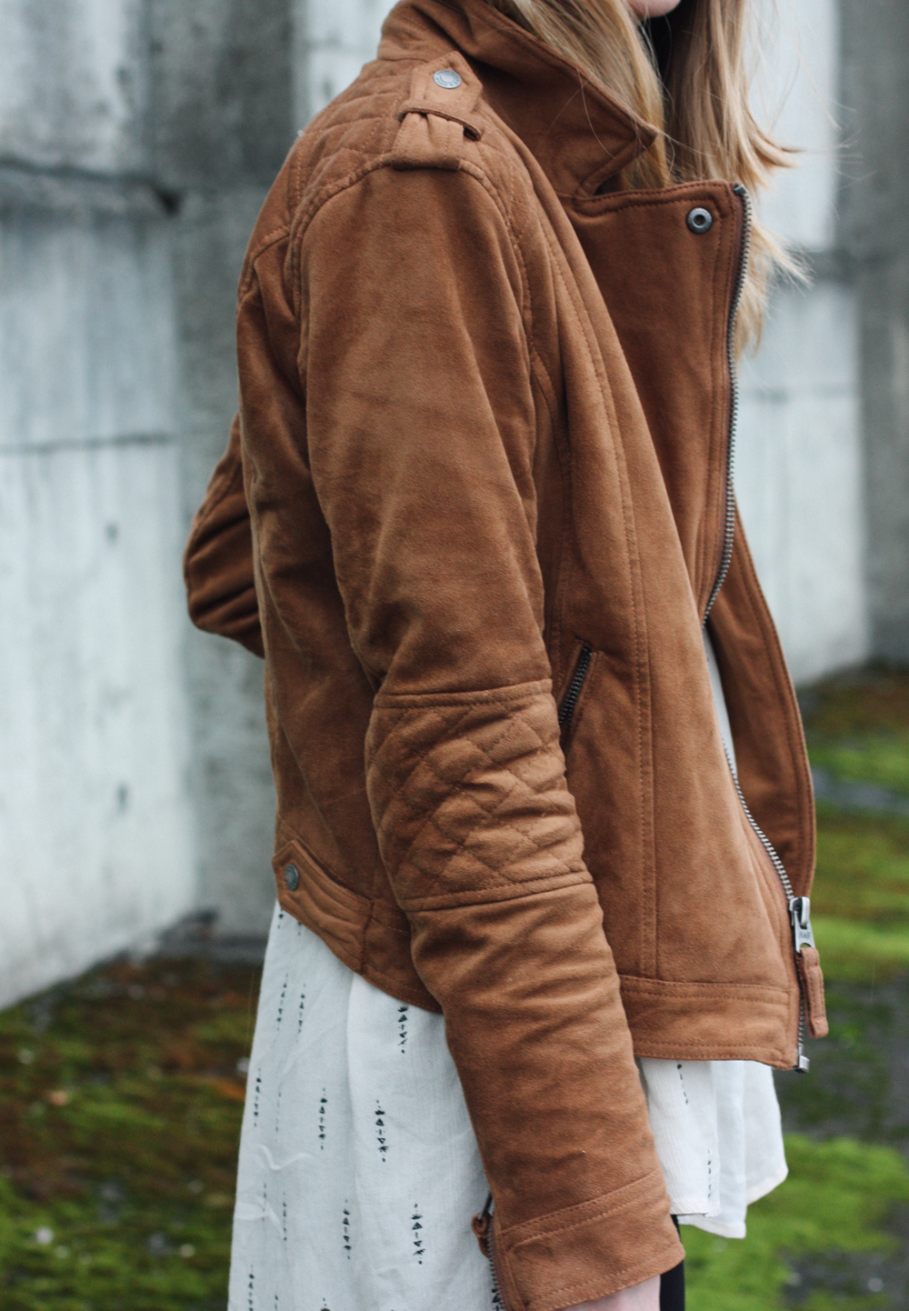 truelane | brown suede jacket.png