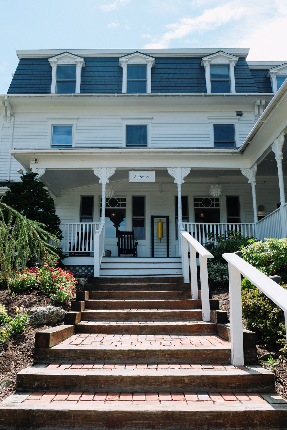 Home Sweet Hotel: Camden Harbour Inn | truelane