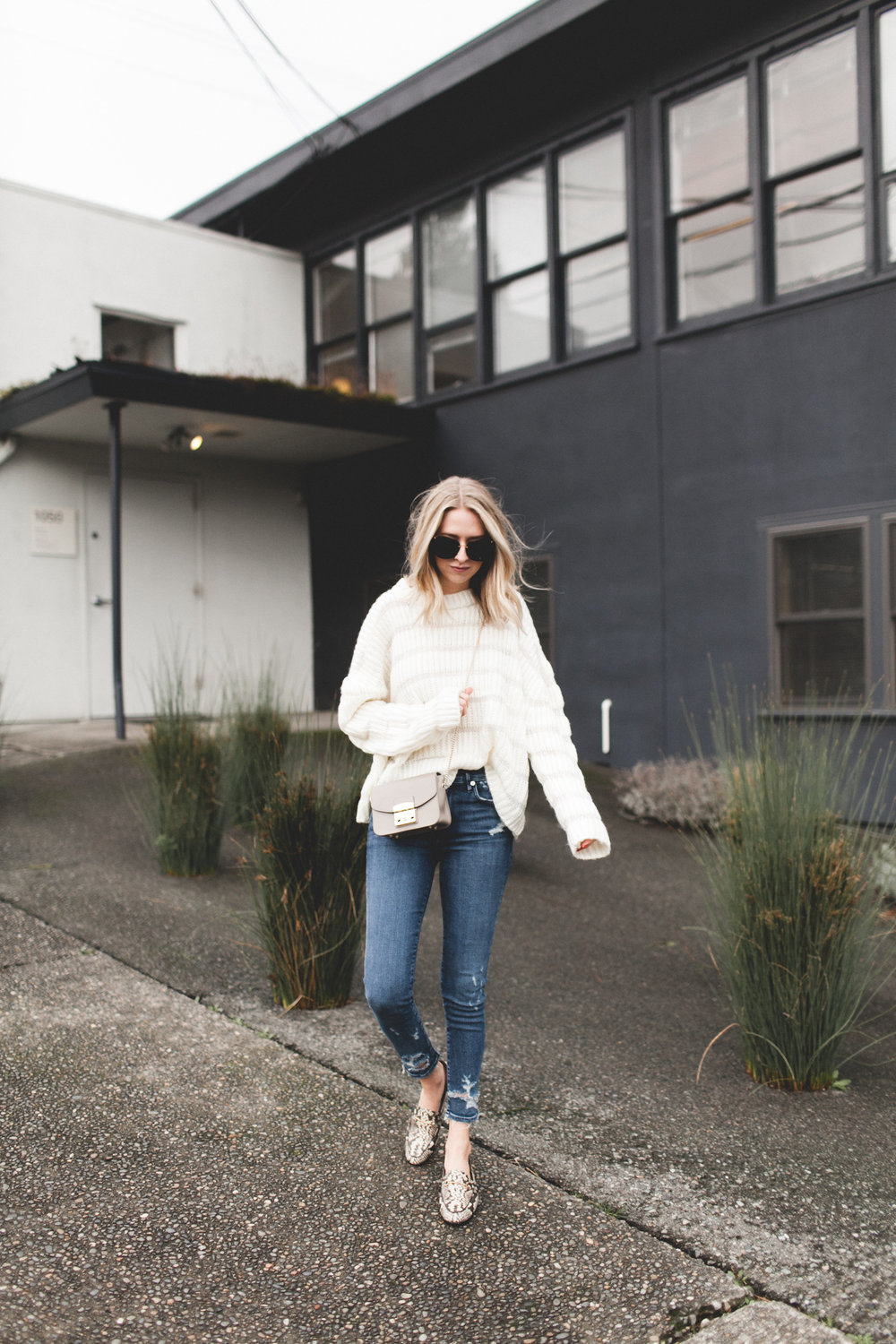 Oversized Sweater | truelane