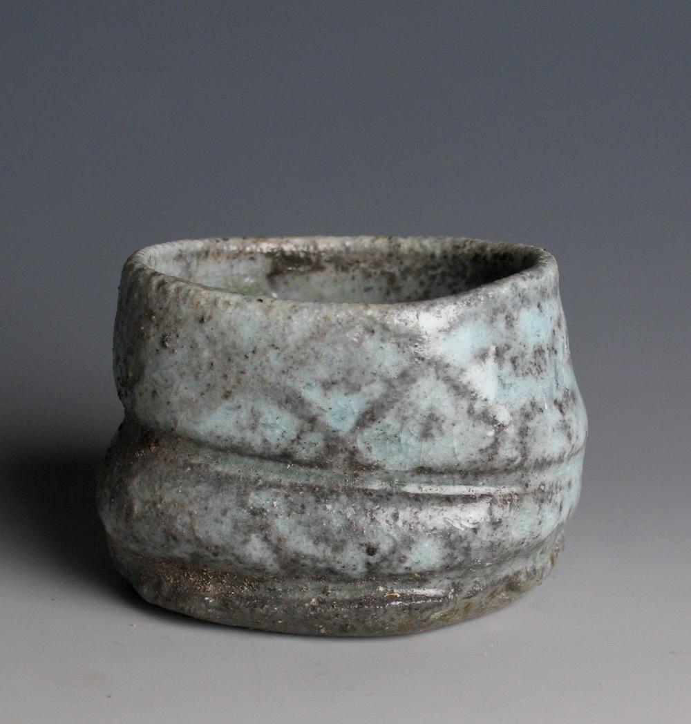 Shino glaze guinomi, hiki-dashi