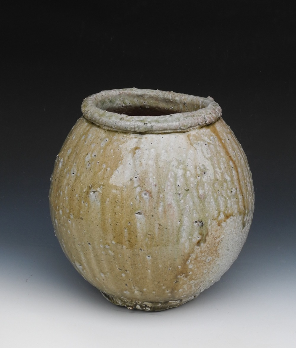 Natural ash jar. H: 45cm