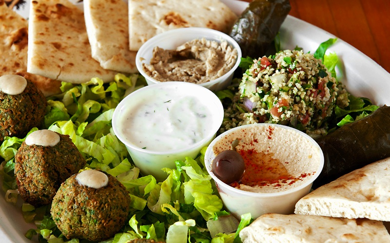 maui-mediterranean-restaurant-pita-platter