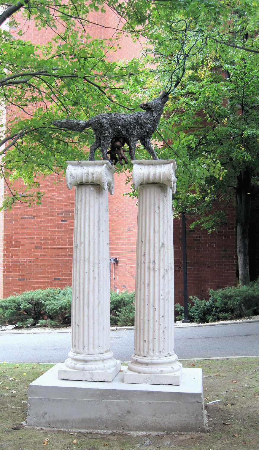Marsha Pels (American, b. 1950), Lupa, 1998, Cast patinaed bronze on honed concrete columns. Gift of the artist in memory of her mother, Ruth Pels (1917-2005). HHAR 5817.