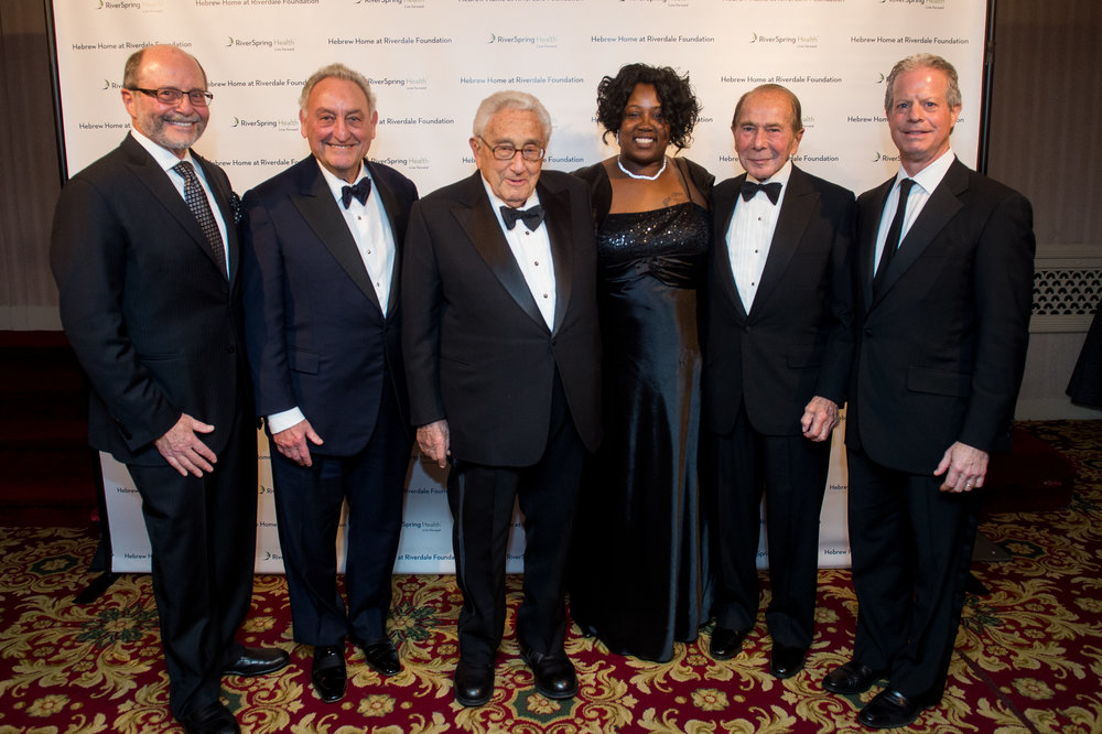 Jeffrey S. Maurer, Sanford I. Weill, Henry A. Kissinger, Dooree Webb, Maurice R. Greenberg & Daniel A. Reingold