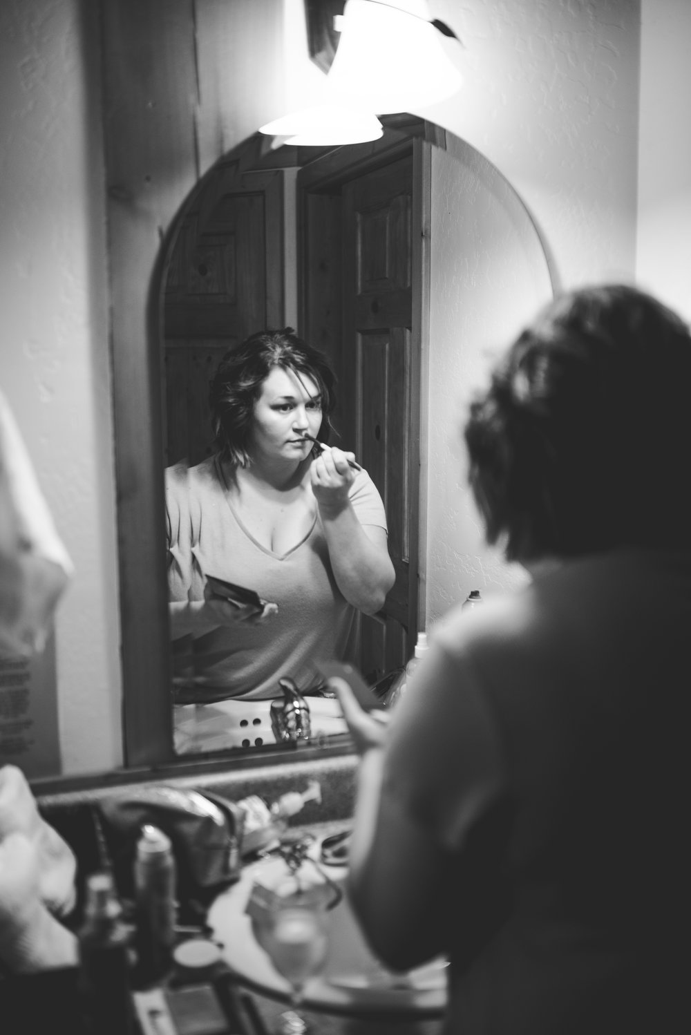 CT Wedding_getting ready-5.jpg