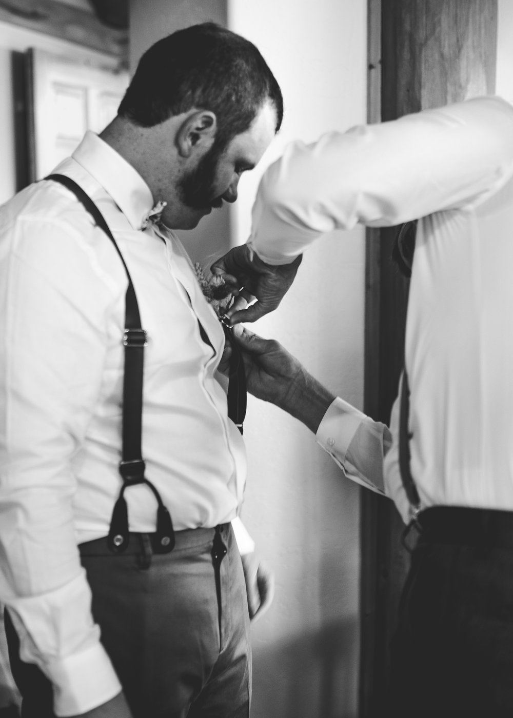 CT Wedding_Getting Ready-29.jpg