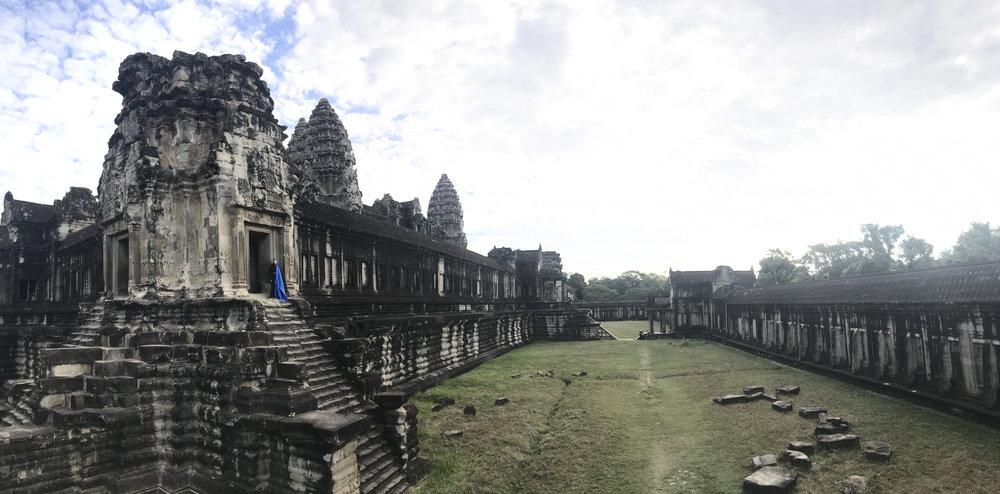 Tuck-Muntarbhorn-Angkor-Wat-6