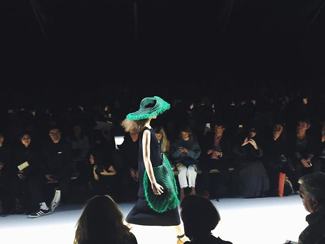 #IsseyMiyake - fringed and pleated hat and shoulder bag in black and glaring green. #isseymiyakess16 #pfw #ss16