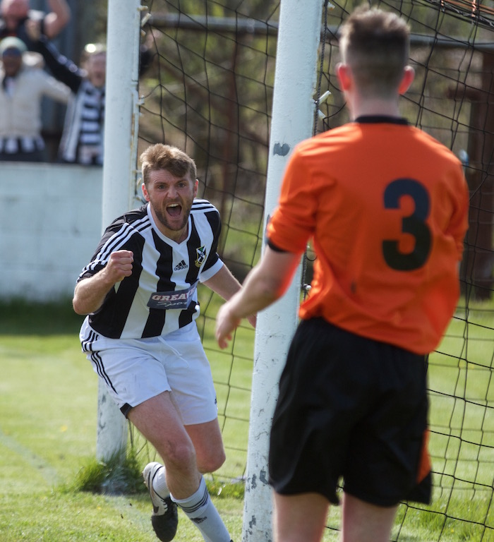 Ryan McCann scores a last minute winner away to Irvine Vics to get the points that would Lok the league.