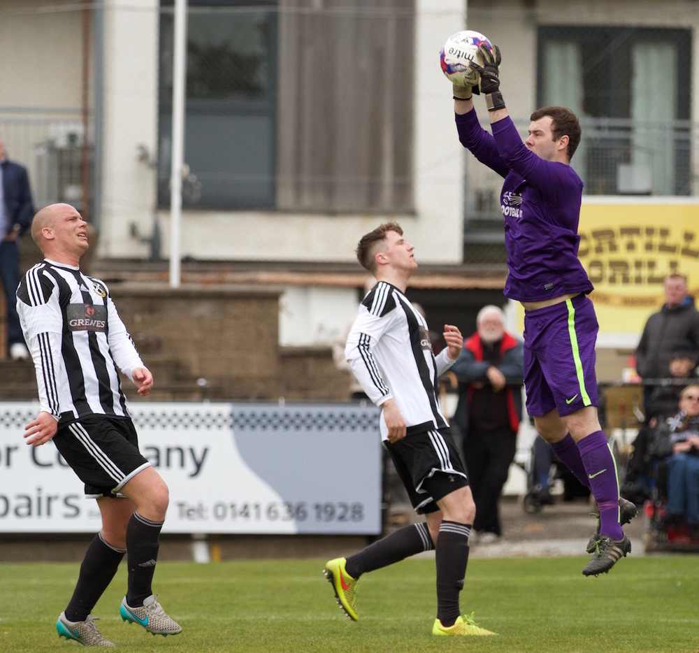 12 - The Pollok centre-backs dont score for once copy.jpg