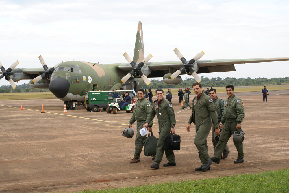 Argentine Air Force pilots, training in Puerto Iguazú.