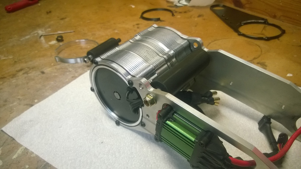 The 100mm adapter allows space for the motor wires