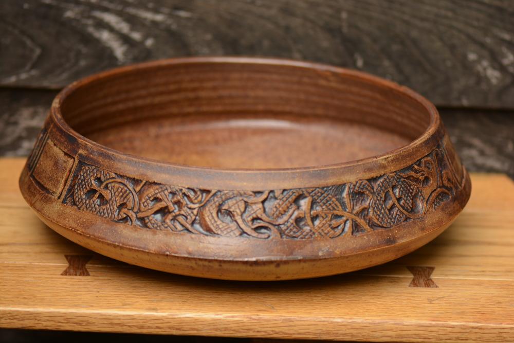 Traditional Folk Art on Pottery