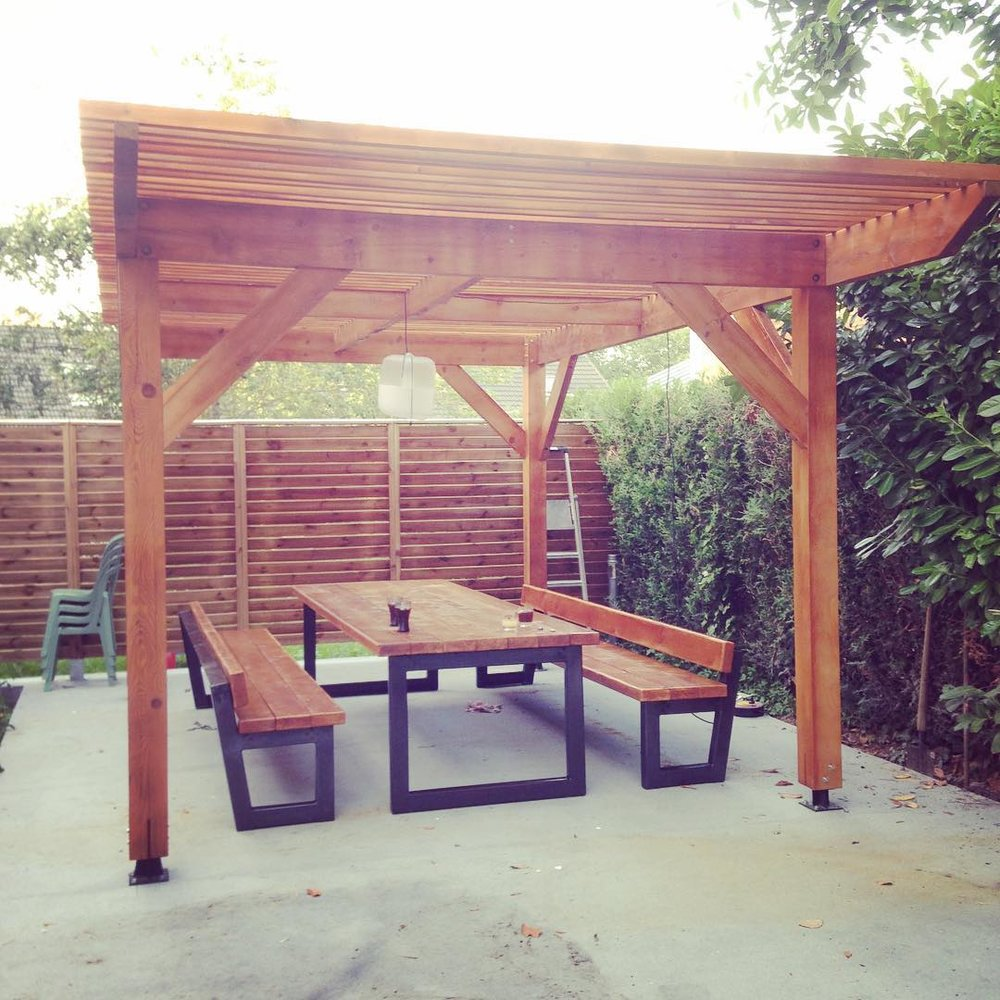 Pergola / Table / Bancs