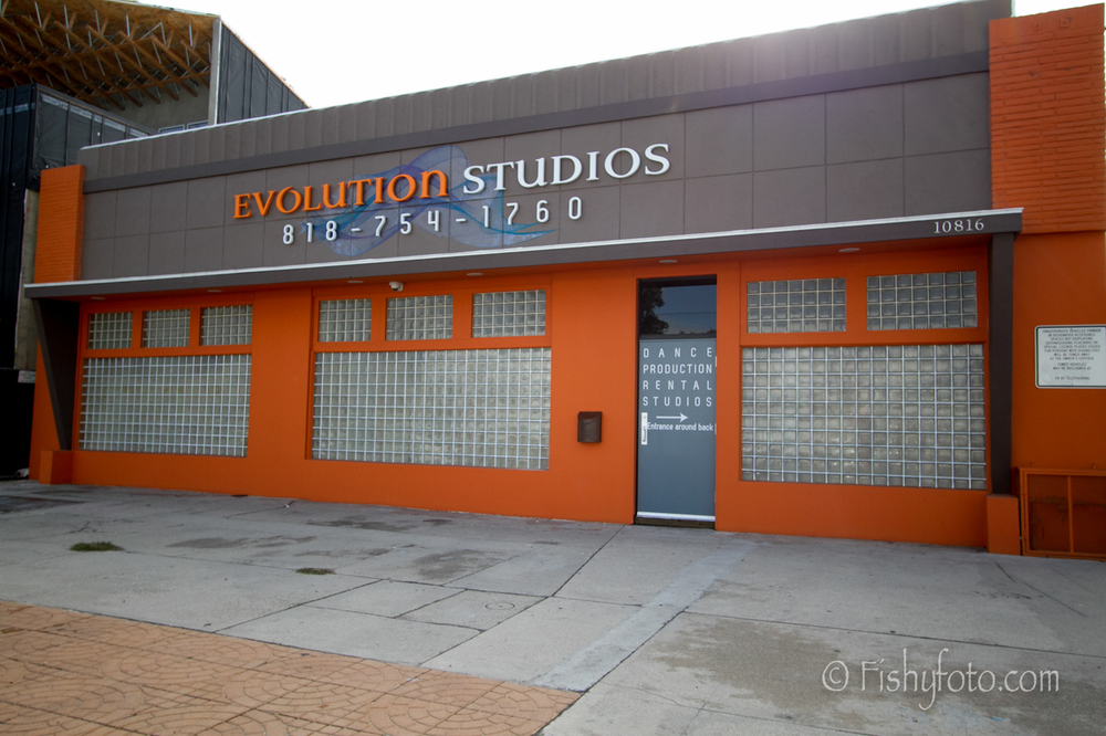http://evolutiondancestudios.com/