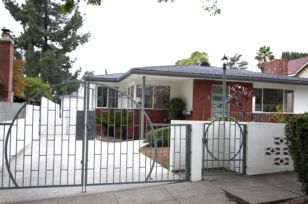 http://www.sothebyshomes.com/Los-Angeles-Real-Estate/sales/0286031