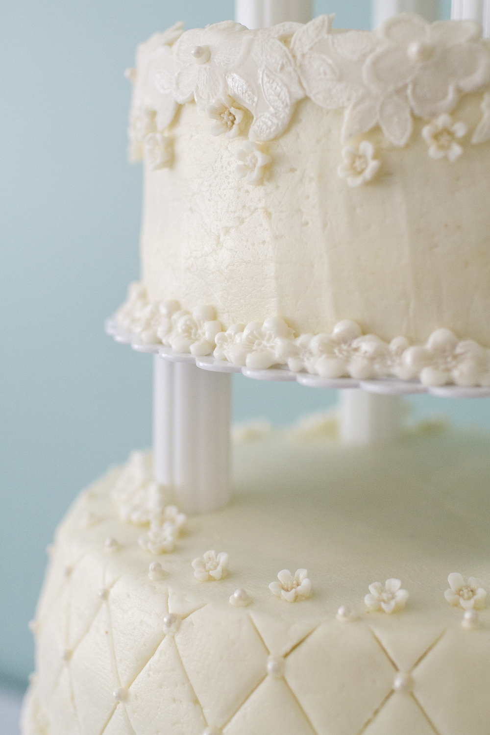 Let's eat cake, Shannan & Ian get married  #fishyfoto