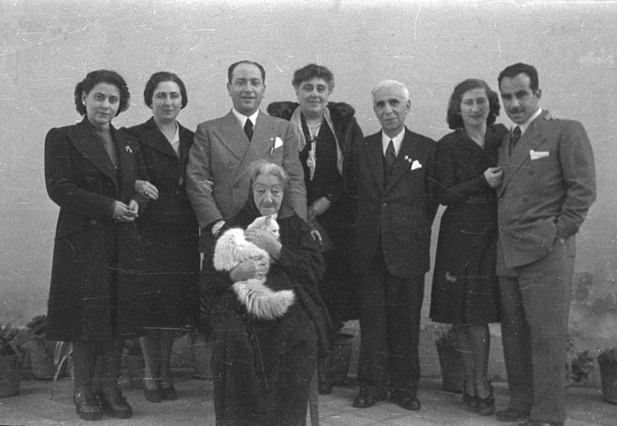 8 - Taormina 1943 viaggio nozze copy.png