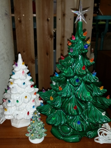 Set of 3 Ceramic Christmas Trees
